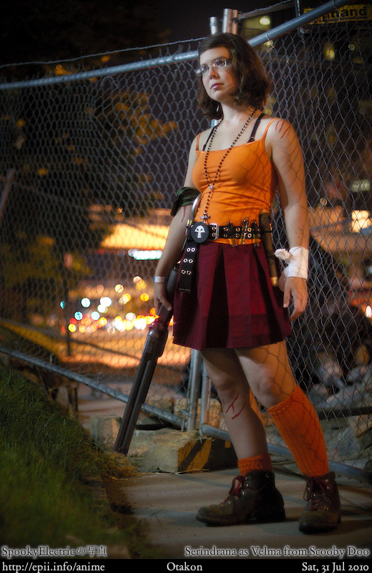Picture: Scooby Doo - Velma (Zombie Hunter) 1