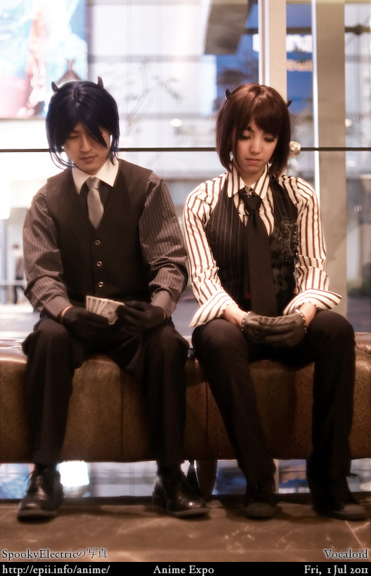 Cosplay  Picture: Vocaloid - Kaito and Meiko (Poker Face) 1