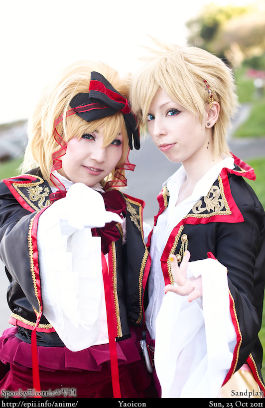 Cosplay  Picture: Sandplay - Rin and Len 8062